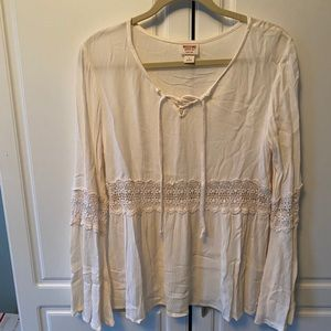 ⭐️💜 Mossimo women's lace top